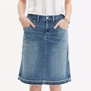 [Madewell] Raw-Edged Jean Skirt